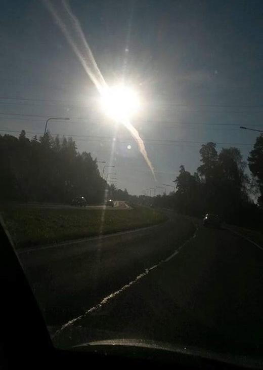 Aurinko ja maantie